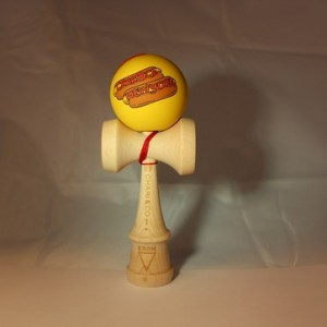 KROM KENDAMA CHARI CO HOTDOG MUSTARD FULL MAPLE